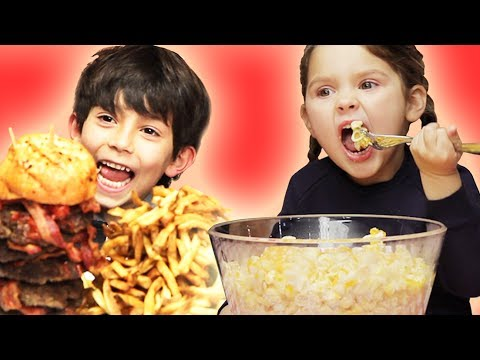 Surprising Kids With Giant Versions Of Their Favorite Foods video