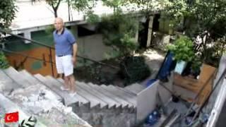 Vatandaşın Çiti Beğenmeyen Belediye Yıktı