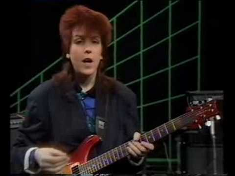 ROCK SCHOOL - Series 2 - Episode 8 (part 1 of 3)