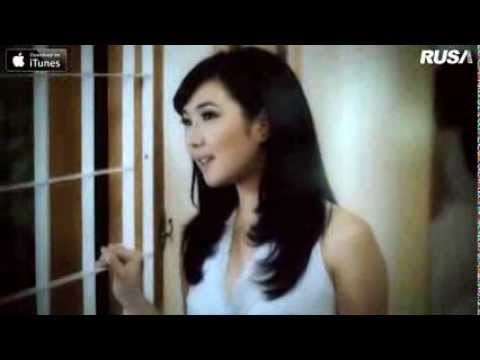 Download Lagu Giselle - Pencuri Hati [Official Music Video] MP3 Free