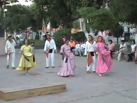 HUETAMO HOY: UN BONITO BAILE DE TIERRA CALIENTE