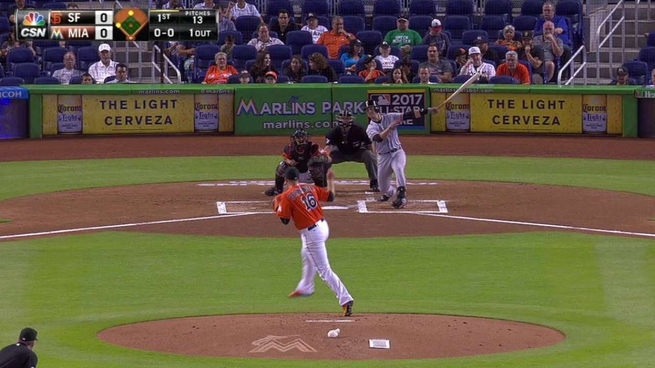 SF@MIA: Posey lifts sac fly to give Giants early lead