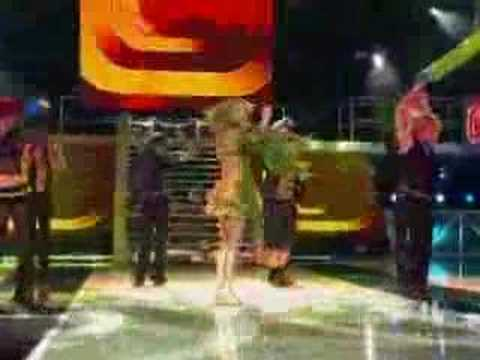 I'm A Slave 4 U (NRJ Awards 2002)