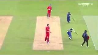 Nuwan Kulasekara almost sacrifice his wicket to save Kumar Sangakkara