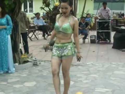 Gai nhay noi loan- Funy Cip's hotgirl Sai Gon, sexsy dance- Viet Nam thumbnail