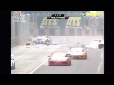 Большое количество аварий на авто гонках в Мокао, Китай