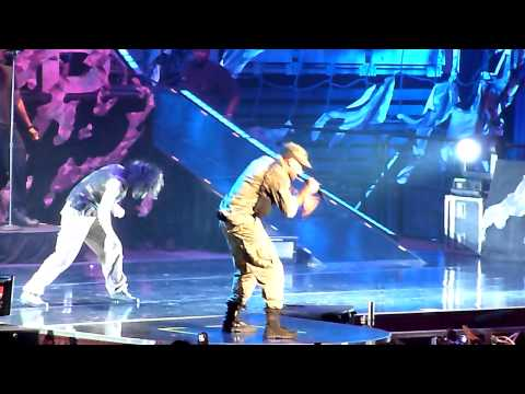 Chris Brown 2011 FAME Tour - Say it With Me, Transform Ya, Wall to Wall and Kush HD