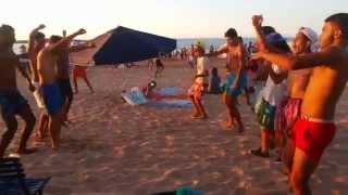 فيديو حصري لسعد المجرد في رقصة رائعة مع شباب مغاربة بشاطئ الرباط