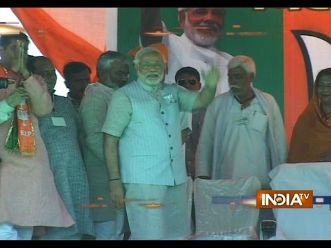 C-Voter Survey says NDA to form government in Maharashtra