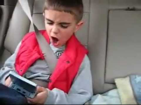 Little kid gameboy freakout