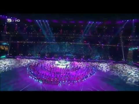 Shakira Remix La La La - Waka Waka (Closing Ceremony World Cup...