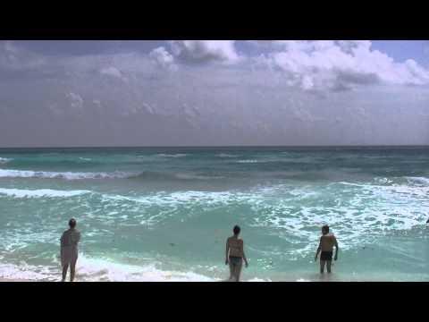 Na Plazi Caribic Oceanu V Cancun, Mexico