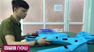 Người Việt phát minh áo túi khí cho xe máy | VTC Now