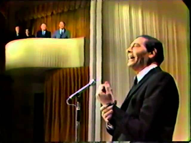 Henny Youngman heckles Milton Berle 1966