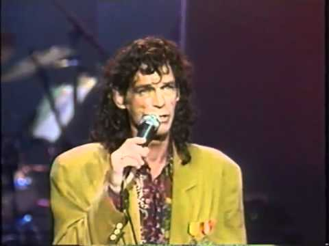B. J. THOMAS - I JUST CAN'T HELP TO BELIEVING