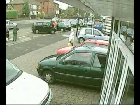 Mamy crash 2 cars