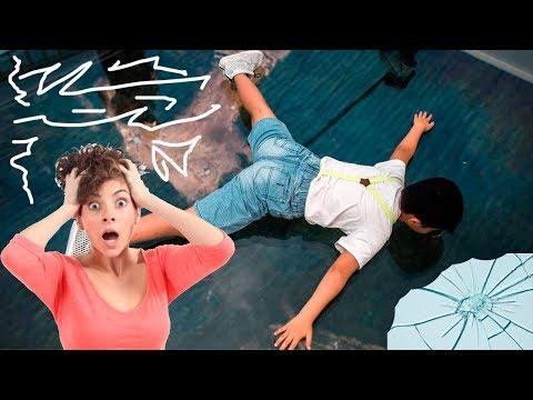 Стеклянный мост в Китае треснул под ногами туристов