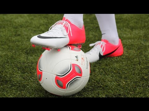 NIKE CLASH COLLECTION: Mercurial Vapor 8 VIII FG EM 2012 EURO Ronaldo Boots Unboxing freekickerz