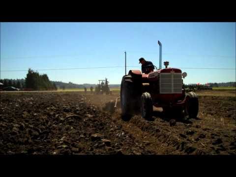 2012 Cedardale Plow Day - Creepin' By Eric Church video