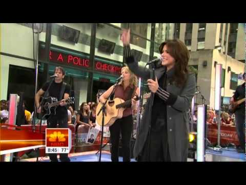 Martina McBride - Independence Day [Live] - Today Show