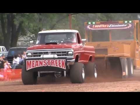 MEANSTREEK Truck Pull 2013- Maribel, WI- Modified