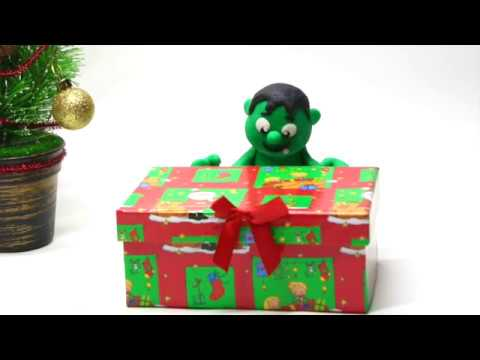 Baby Hulk unboxing Christmas gifts Superhero Play Doh Stop motion cartoons