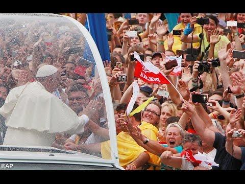 Papa chega a Cracóvia