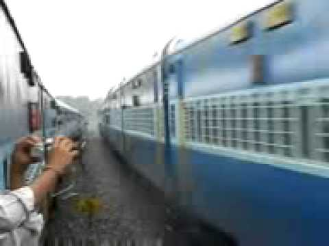Priyanka Chopra Sex In Rail video