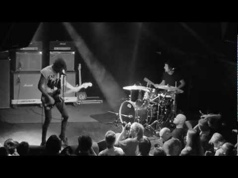 Japandroids - Adrenaline Nightshift  || live @ 013 / Incubate || 16-09-2012