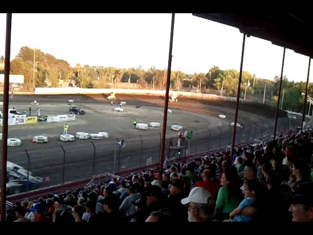 king of the west 410 sprint cars Antioch speedway 7-20-13 heat race