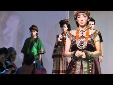 2011 台北魅力國際服裝服飾品牌展華網TVTV台網TNTV中網CTTV 大中華人大航空小空姐阿莫 13