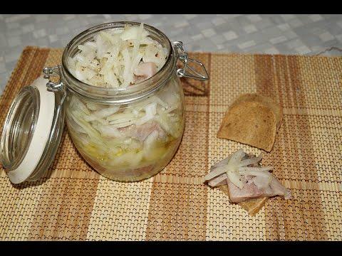 Как приготовить селёдку с луком и маслом