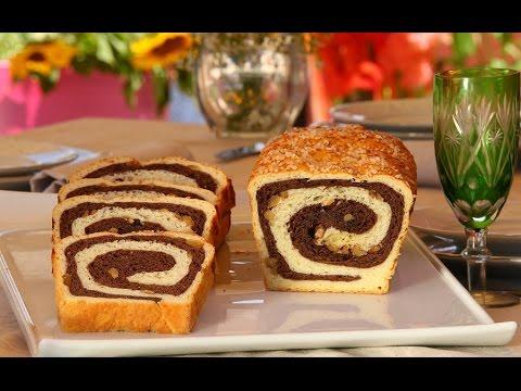 Choumicha : Pain au lait et raisins secs, noix et chocolat شميشة : بريوش ملون