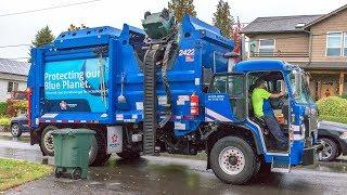 """Peterbilt 520 - McNeilus ZR """"Mini"""" Garbage Truck"""