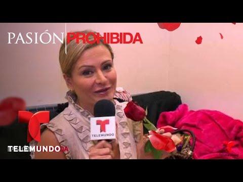 Pasión Prohibida | ¿A quién le dará su rosa Mademoiselle? | Telemundo Novelas