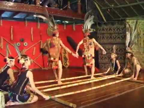 monsopiad kadazan traditional fast bamboo dance