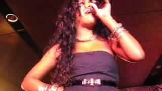 Watch Melanie Fiona Walk On By video