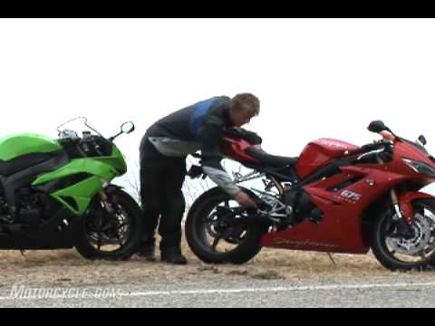 2009 Kawasaki ZX-6R vs. Triumph Daytona 675 - Supersport Face-Off!