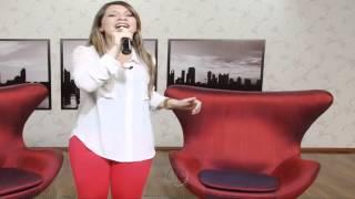 Priscilla Alcantara de Suplex Vermelha