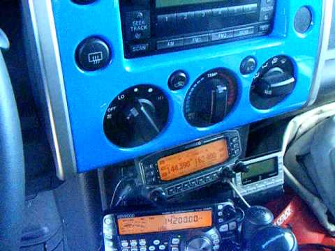 N4LS mobile ham radio in an FJ Cruiser