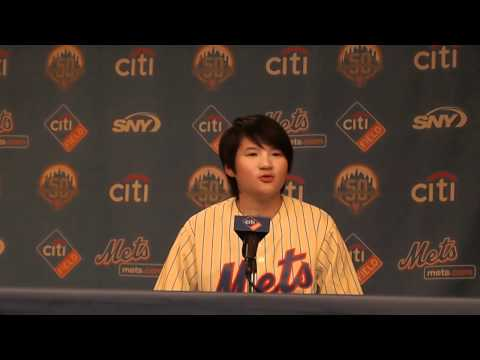 Yani Tseng at the Mets for Taiwan Heritage Night (曾雅妮在台灣之夜)