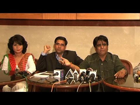 Slap Controversy: Director lashes out Rakhi Sawant