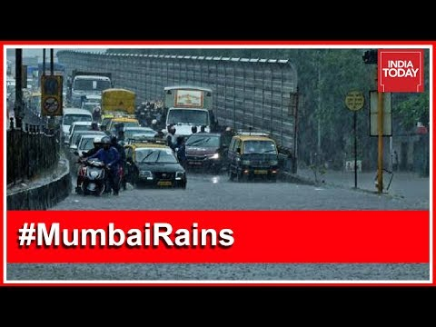 Monsoon Rains Lash Mumbai; Waterlogging Affects Daily Life