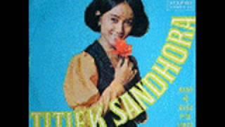 download lagu Titiek Sandhora - Merantau gratis