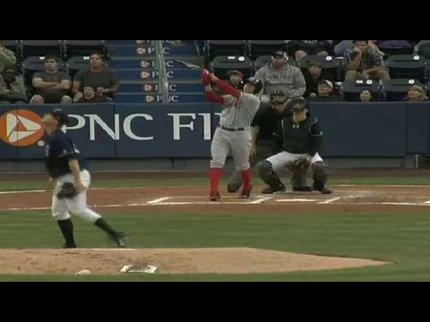 Red Sox's Cecchini hits fourth homer
