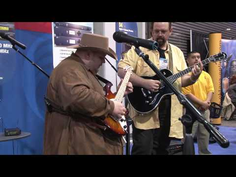 Johnny Hiland 2010 NAMM 4