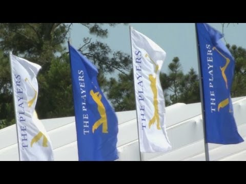 Martin Kaymer ties course-record 63 to lead THE PLAYERS | Highlights