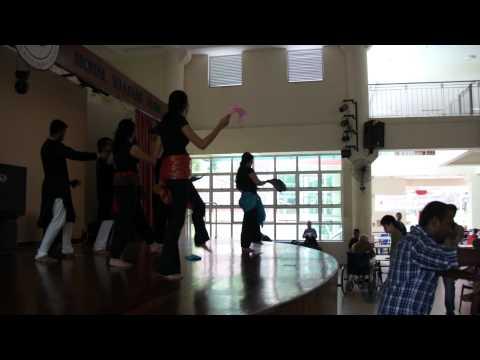 Mundiya Tu Bach ke RahiTwist Dance