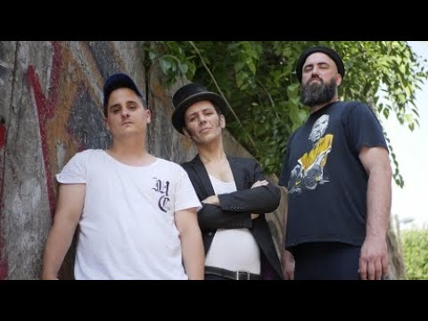 Faramucci - Öklöm Ökölbe Téved [feat. Duffchy] (Hivatalos Videóklip)