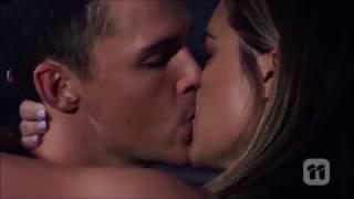Paige And Jack Kiss And Sleep Together Scene 7777